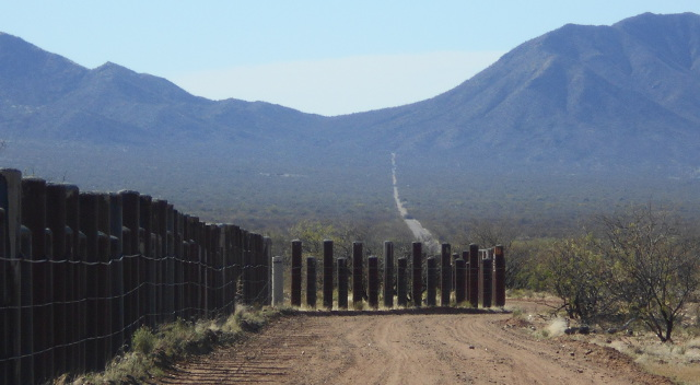 Border at Sells
